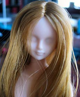 Azone blank doll